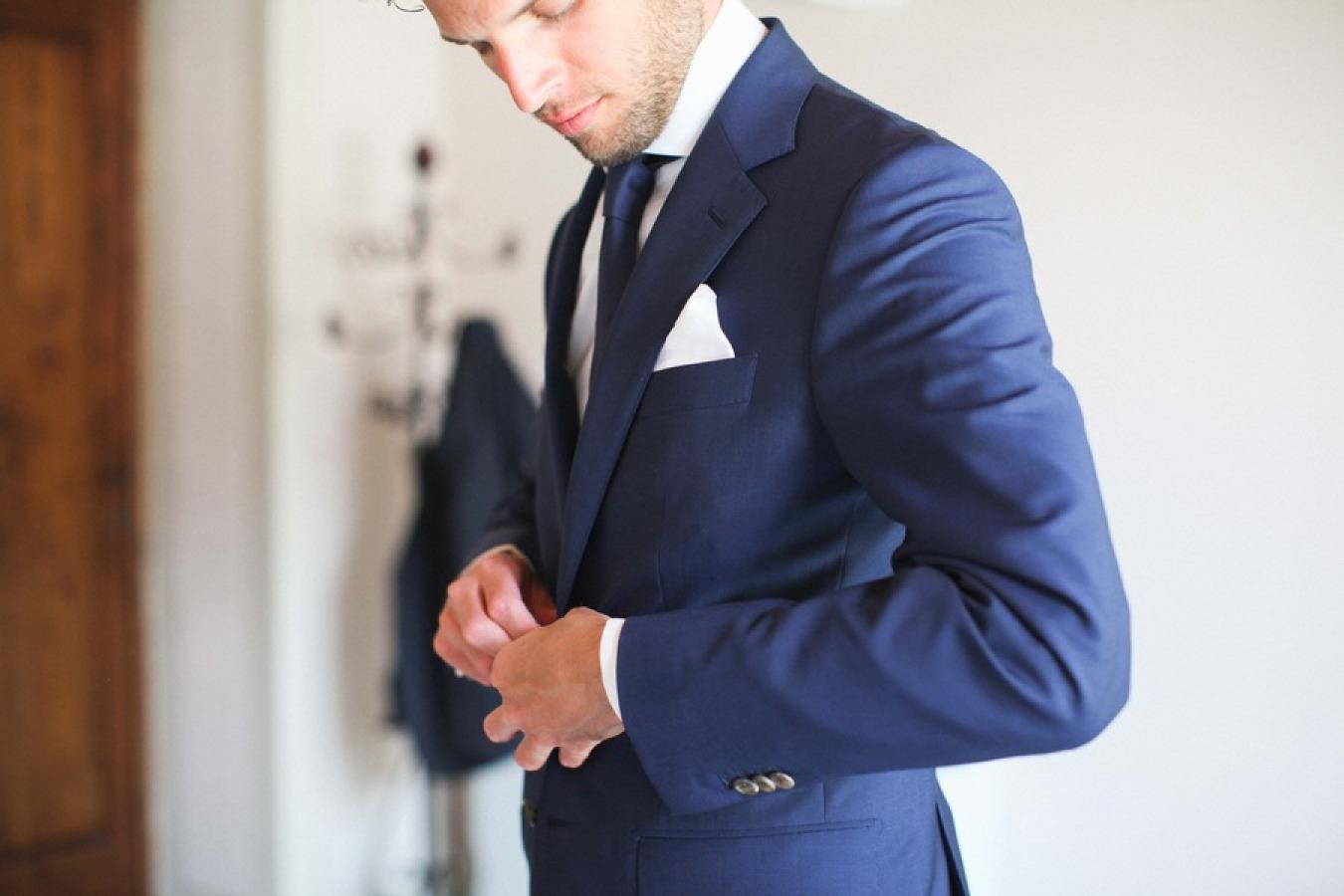 スーツ-1