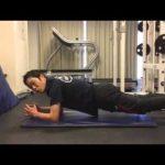 体幹トレーニングの中級編である片足プランク【筋トレ動画】