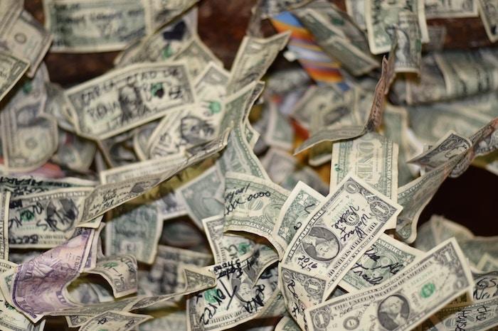 金銭-問題-1