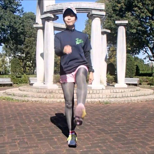 ランニング初心者の基本ドリル!走り方、足運びを覚えるマリオネットウォーク【筋トレ動画】