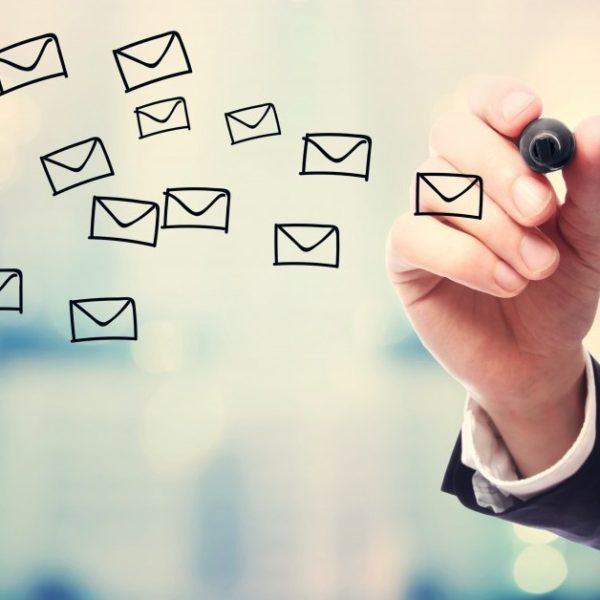メールのレスポンスが早い人は仕事が出来る証拠である!【マッチョ塾】