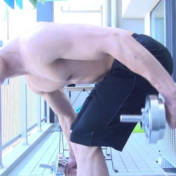 広背筋を効果的に鍛えるダンベルトレーニング【筋トレ動画】