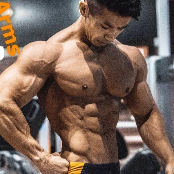 腕全体のボリュームが増す!日本チャンピオンのスパーセットトレーニング!