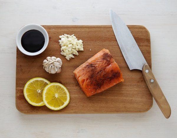 抜け毛予防に大豆イソフラボンや亜鉛を含む食べ物を積極的に食べよう!【マッチョ塾】