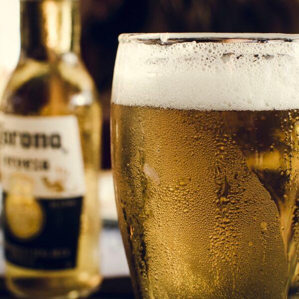 気をつけて!冷たい飲み物は薄毛や抜け毛の原因に!【マッチョ塾】